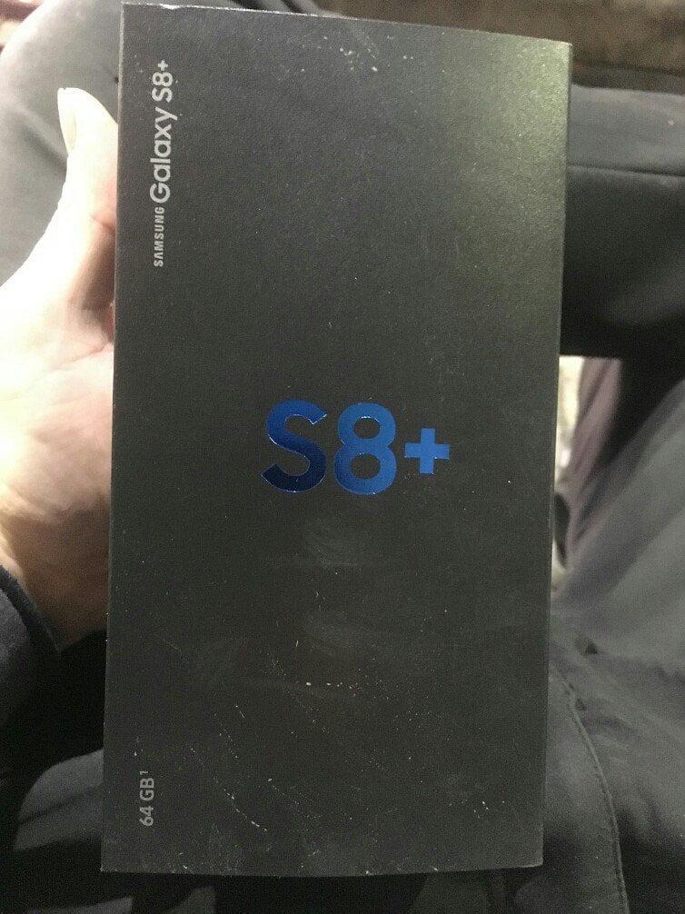 galaxy s8+ packaging box