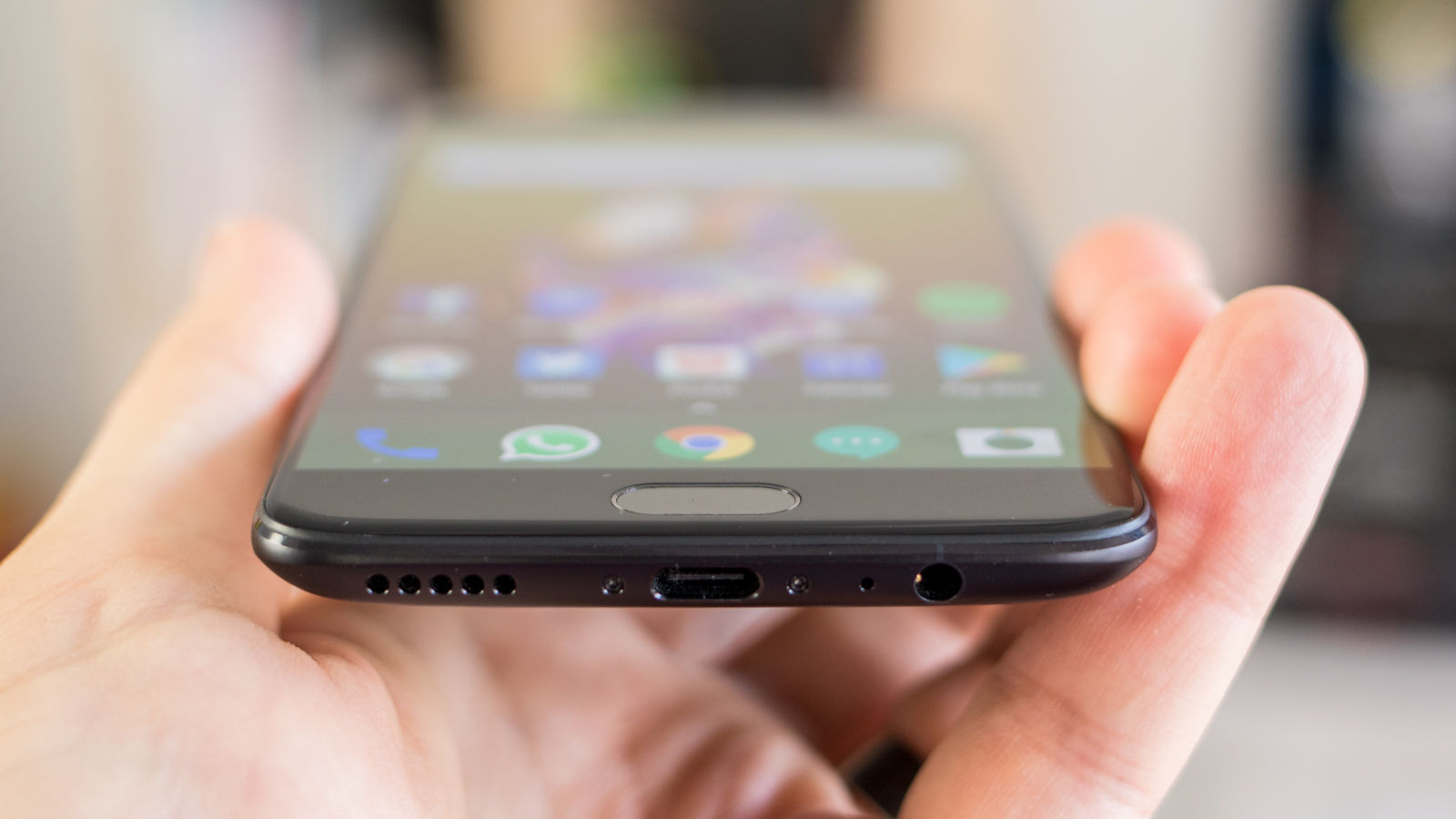 OnePlus keeping the 3.5mm headphone jack on OnePlus 5T & here's why 1