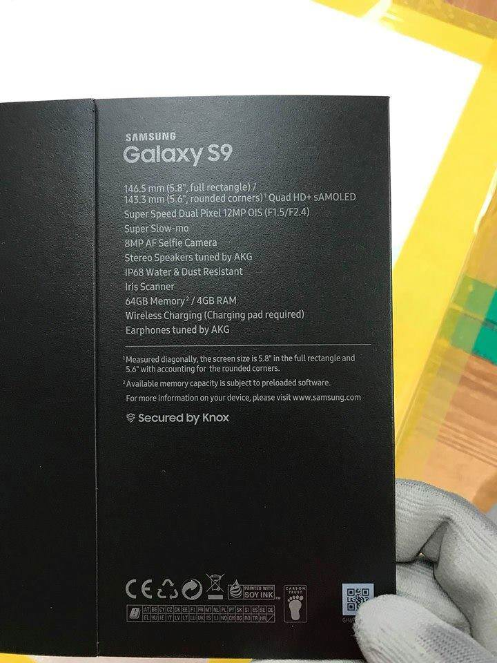 Samsung Galaxy S9 retail box