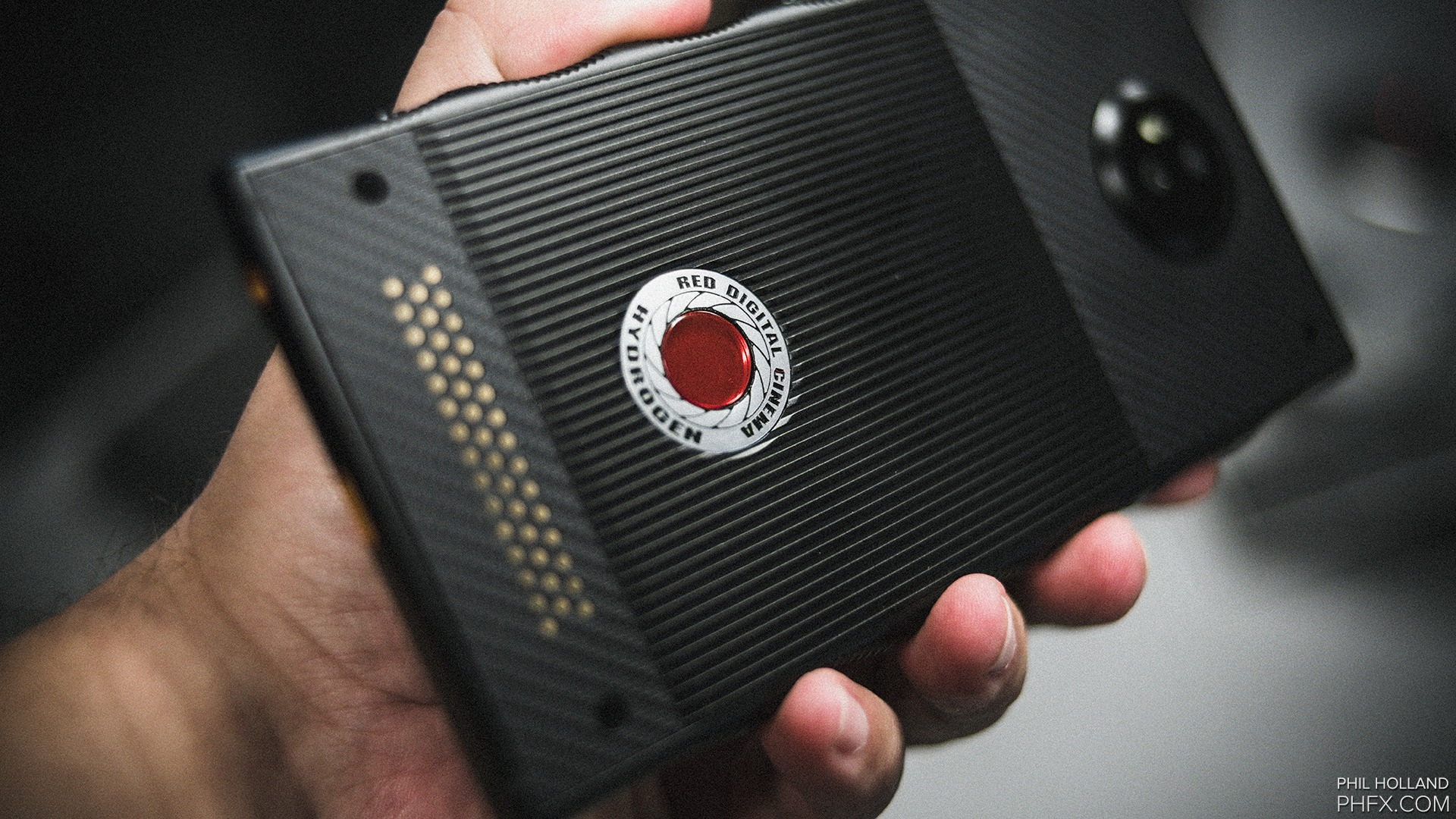 Red Hydrogen One coming this summer, few specifications revealed 1