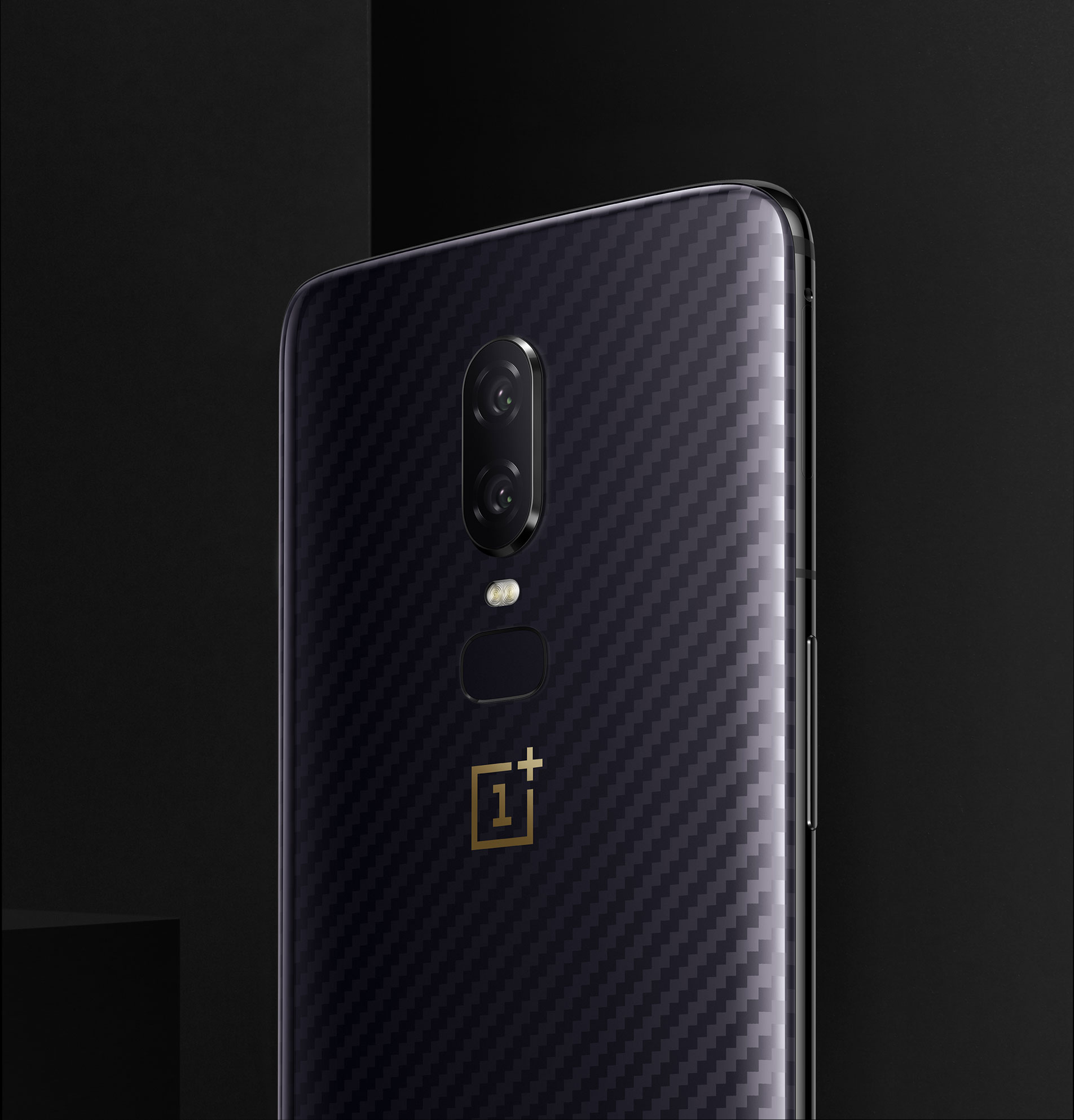 Now Official: This is the OnePlus 6 Avengers: Infinity War Edition 5