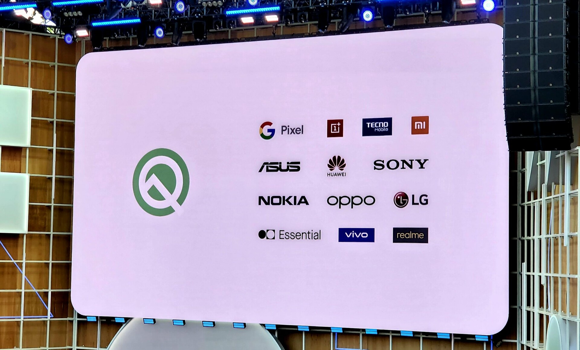 [OFFICIAL] List of phones to get latest Android Q Beta