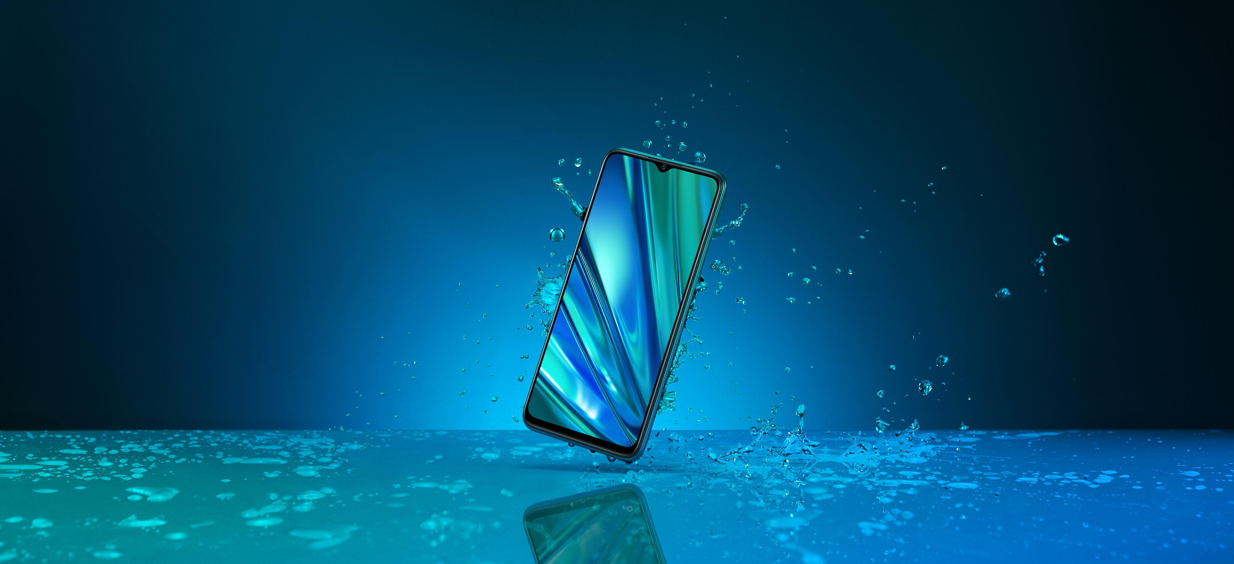 Realme 5 Pro has Splash-Proof Design