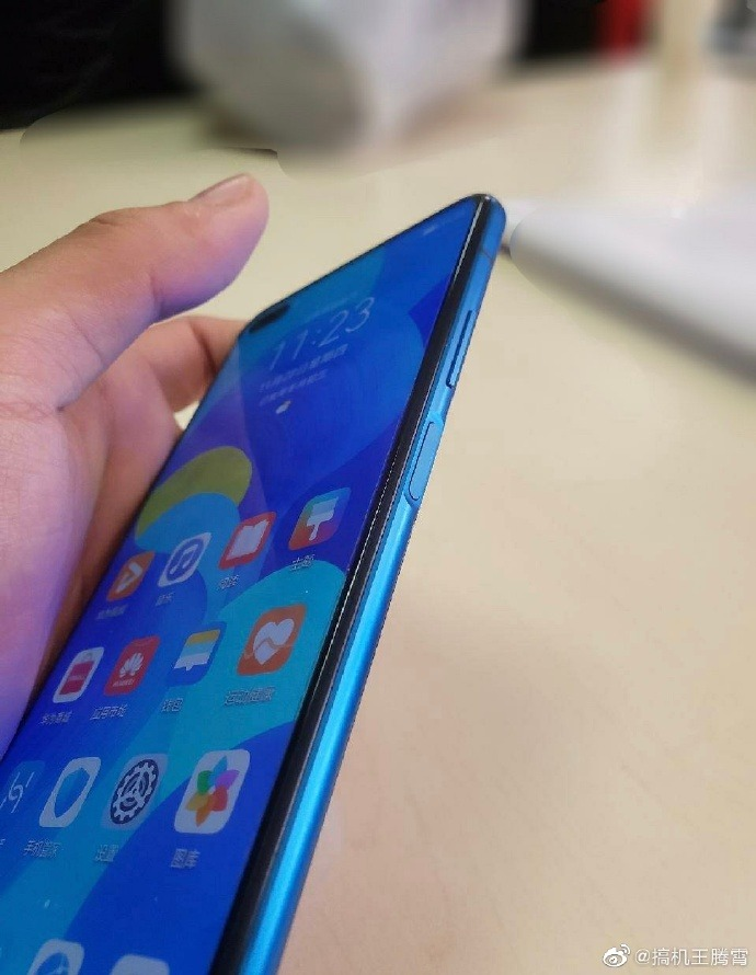 Huawei Nova 6 hands-on images surface on Weibo