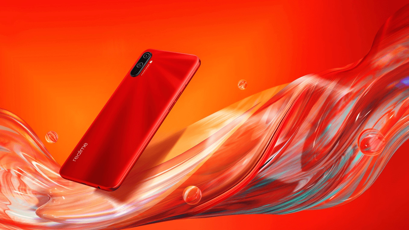 Realme C3 in Blazing Red